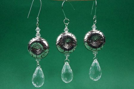 Zawieszka Dekoracja Vintage Kryształki Srebrna Moneta Kaboszon z Łezką 120mm